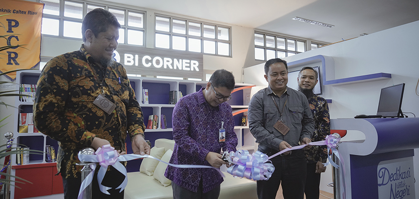 Gambar Disaksikan Direktur dan Mahasiswa, Bank Indonesia Perwakilan Riau Resmikan BI Corner di Perpustakaan PCR