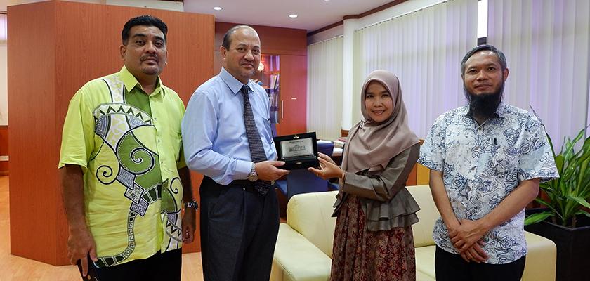 Gambar Dua Dosen Akuntansi PCR Ikuti Program Pertukaran Dosen di Malaysia