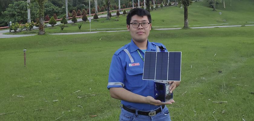 Gambar Inovasi Energi Terbarukan, Mahasiswa PCR Membuat Panel Surya Portabel dengan Pelacak Matahari Otomatis