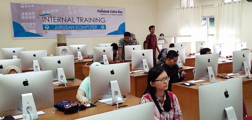 Gambar Jurusan Komputer Adakan Internal Training iMac dan MacOS Essentials