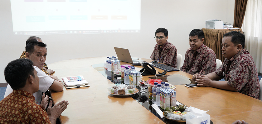 Gambar Kembangkan Sistem Informasi, Pasca Sarjana Universitas Riau Jalin Kerjasama dengan PCR
