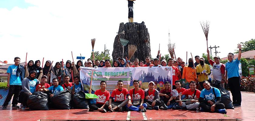 Gambar PCR Bergerak Turun ke Jalan Diponegoro Dalam Aksi Bersih - Bersih
