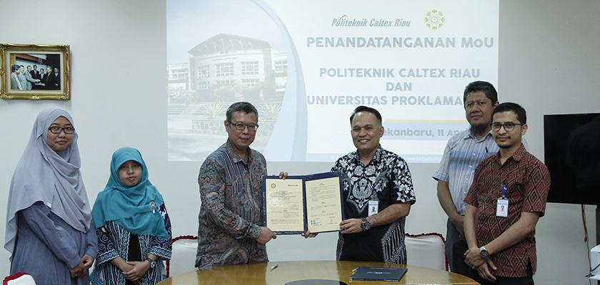 Gambar PCR dan Universitas Proklamasi 45 Sepakat Jalin Kerjasama