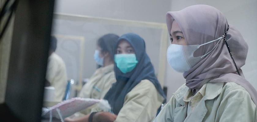 Gambar Pastikan Prokes, PCR Gelar Perkuliahan Tatap Muka Terbatas secara Luring