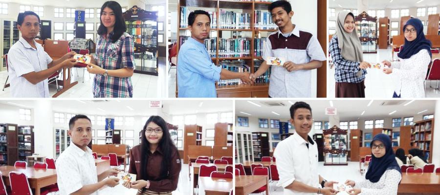 Gambar Perpustakaan PCR Berikan Special Gift Untuk Mahasiswa