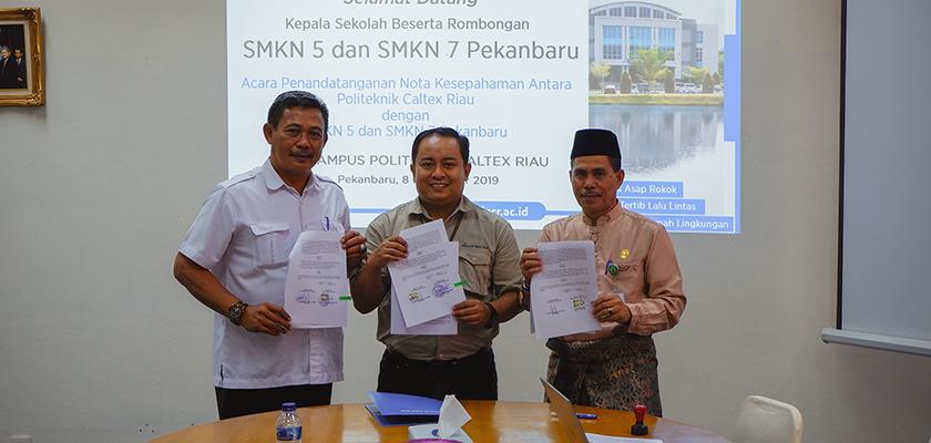Gambar Tingkatkan Pendidikan Vokasi di Pekanbaru, PCR Jalin Kerja Sama dengan SMKN 5 dan SMKN 7