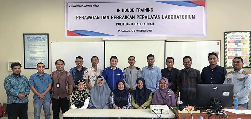 Gambar Tingkatkan SDM dan Pengetahuan Asisten Instruktur Laboratorium, Jurusan Teknologi Industri Adakan Pelatihan Perawatan dan Perbaikan Peralatan Laboratorium