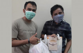 Bersama Politeknik Caltex Riau, BEM PCR Salurkan Paket Bantuan untuk Mahasiswa