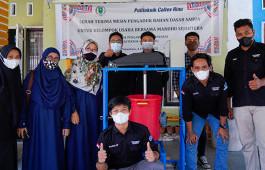 Dukung UMKM Naik Kelas, Mahasiswa PCR Buat Mesin Pengaduk Sabun untuk KUB Mandiri Sejahtera