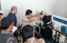 Pusat Unggulan Teknologi Automation Center PCR Persiapkan Lulusan Hadapi Sertifikasi Profesi LSP