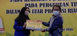 Gambar 310 Mahasiswa PCR Menerima Beasiswa Pemerintah Provinsi Riau