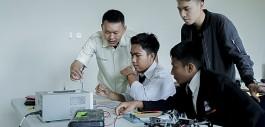 Gambar PCR Latih Tim Robot MAN 1 Kuansing