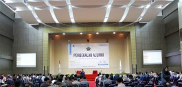 Gambar PCR Siapkan Calon Wisudawan 2017 Melalui Kegiatan Pembekalan Alumni