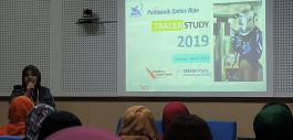 Gambar Presentasi Hasil Tracer Study 2019, PCR Terpilih Sebagai Best Presenter pada Seminar Pengembangan Program Pusat Karir di Yogyakarta