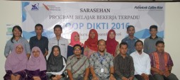 Gambar Sarasehan Program Belajar Terpadu (PBBT) Co-op DIKTI