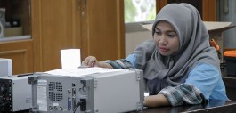 Gambar Sebelum Wisuda, Mahasiswa PCR Ini Diterima Bekerja di Perusahaan Internasional