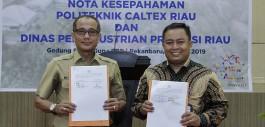 Gambar Sinergi Pemanfaatan Inovasi Teknologi Tepat Guna, PCR Tanda Tangan MoU dengan Dinas Perindustrian Provinsi Riau