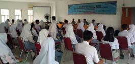 Gambar Tingkatkan Kualitas Generasi Muda, Pemkab Rohil Memberikan Beasiswa Kuliah di PCR