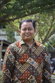 Dr.Dadang Syarif Sihabudin Sahid, S.Si,M.Sc.