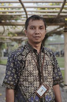 Dr. Hendri Novia Syamsir,ST, M.Eng