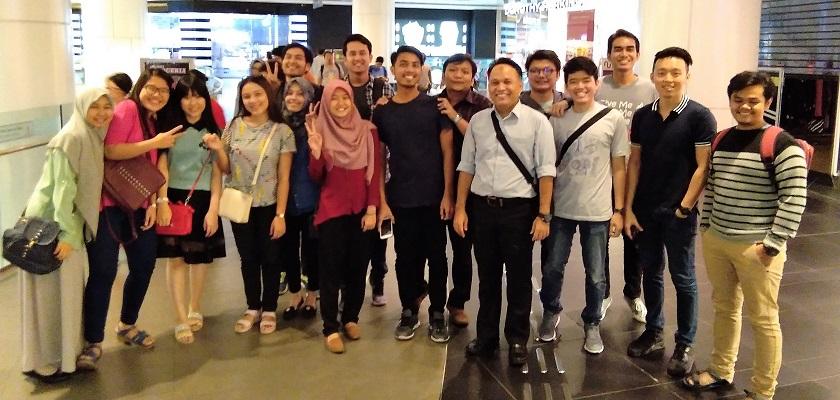 Foto Bersama Alumni PCR